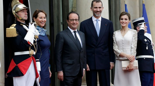 HOLLANDE-ROYAL-KRAL FELIPE, KRALICE LETIZIA-1